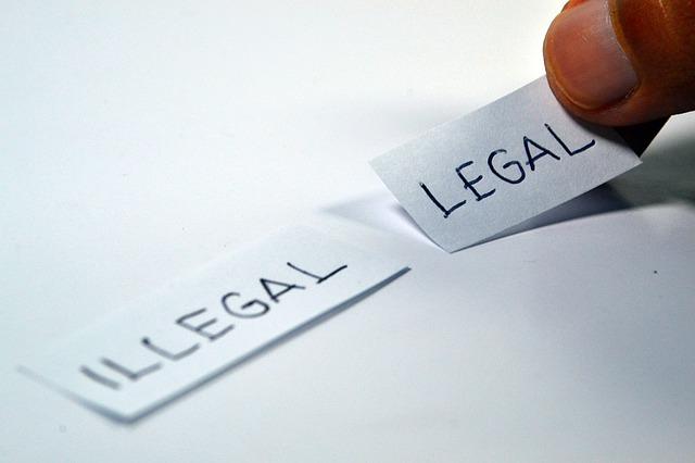 legal-1143114_640