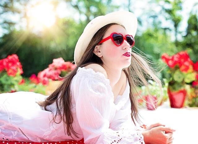 pretty-woman-812878_640