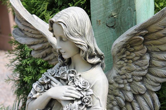 angel-1008362_640