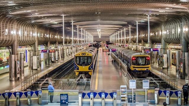 terminal-station-435558_640
